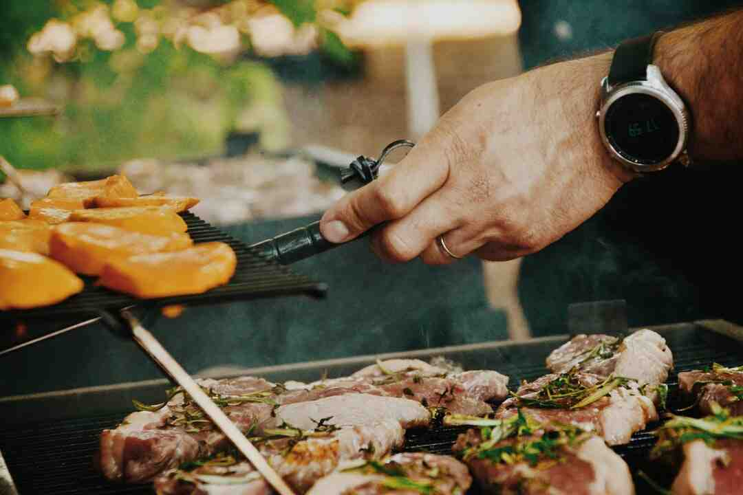 How to barbecue a steak