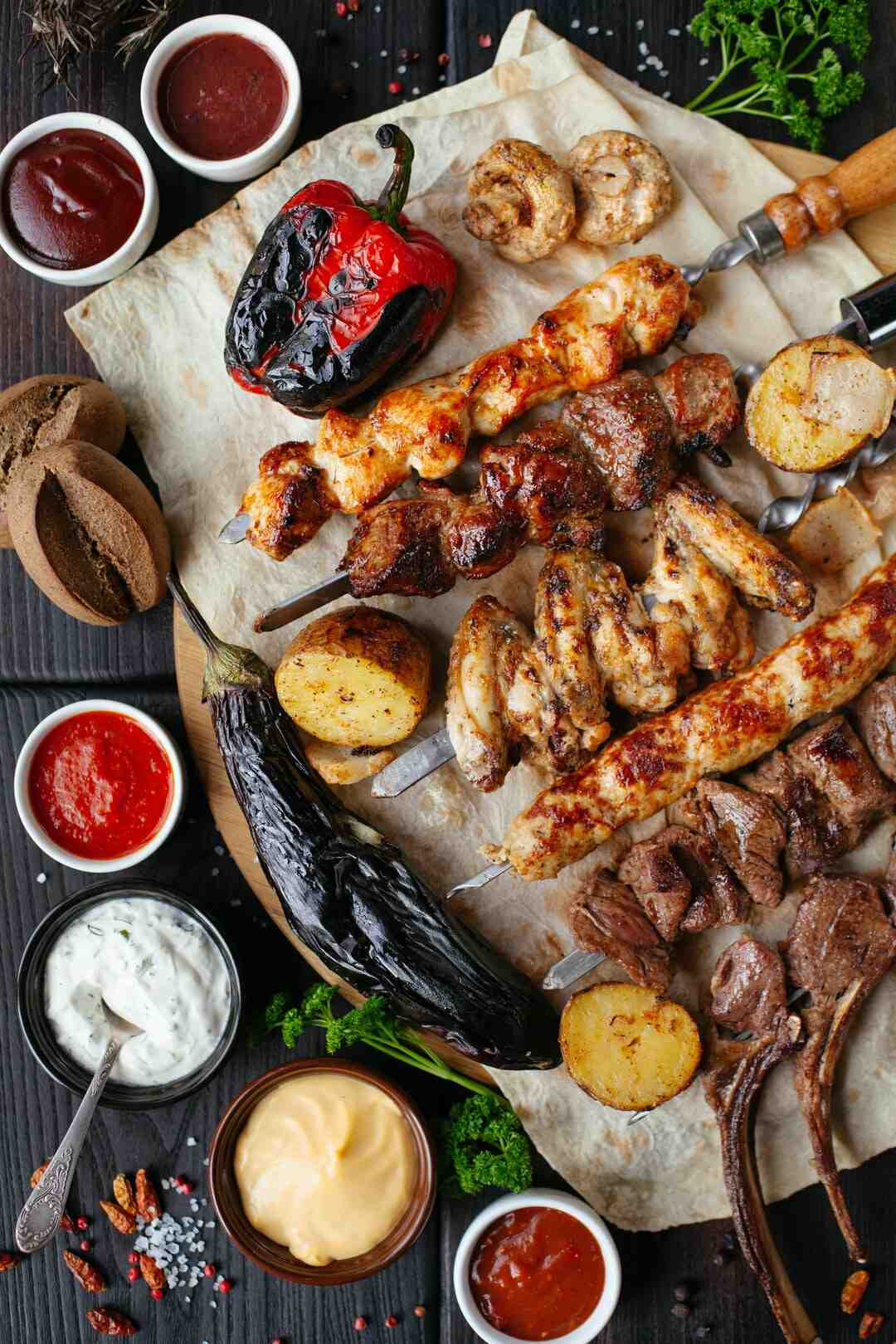How to barbecue a tri-tip